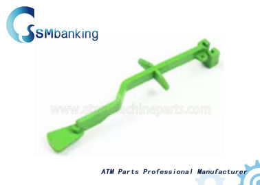 Chine Green Wincor ATM Parts Plastic Pull Rod  01750053061 1750053061 usine